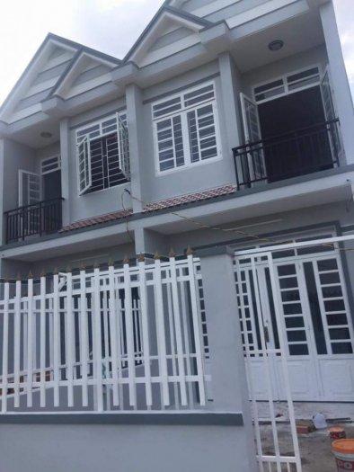 Nhà mới xây DT 4 x 20m 1 trệt 1 lầu SHR_ QL50 ngã 3 Tân Kim