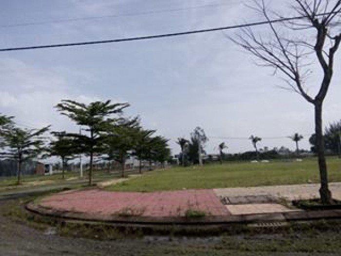 Đất đường phan huy chú, 121m2. giá 3,9tr/m2