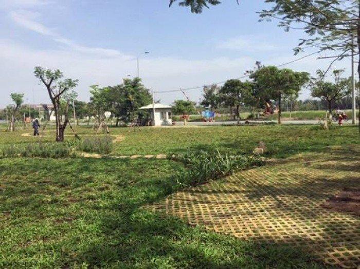 Đất nền dự án, huyện Bình Chánh, vị thế đẹp, thuận lợi cho đầu tư, kinh doanh, ở,...giá hấp dẫn
