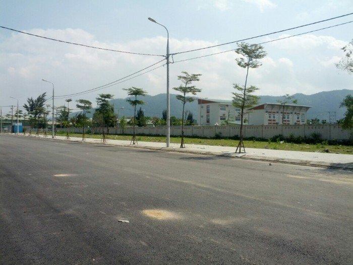 Đất lô 445, đường số 10, KCN Hòa Khánh