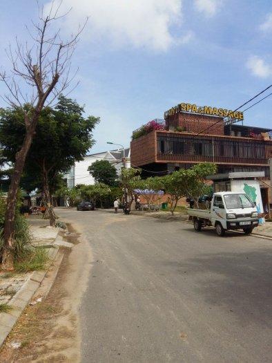 Bán đất 2 mặt tiền block B1.15 đảo 1 khu sinh thái Hòa Xuân, gần Cham spa