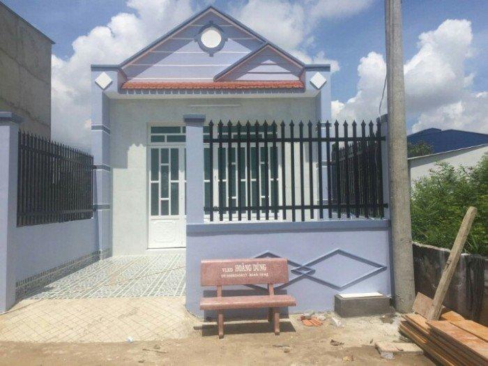 Bán nhà mặt tiền đường QL50, nhà cấp 4, DT 4x20m SHR