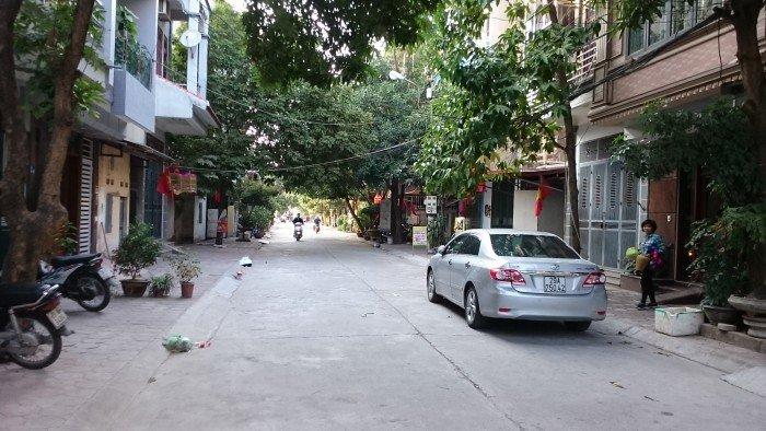 Bán 113m2 đất khu 918 Phúc Đồng, LB, HN. Gía 38 triệu/m2