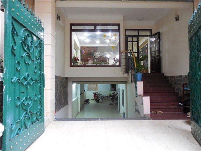 Bán gấp nhà mới đẹp 4 lầu, 5PN hẻm 8m Lạc Long Quân, Phường 3, Quận 11. Giá 4,6 tỷ