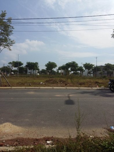 Bán đất 2 mặt tiền, 2 lô liền kề block B1.26 khu sinh thái Hòa Xuân, Quận Cẩm Lệ, TP Đà Nẵng