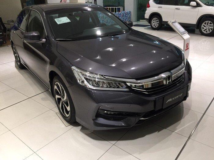 Honda Accord 2.4S AT 2016 Màu ghi xám đẳng cấp thượng lưu, ưu đãi cực lớn