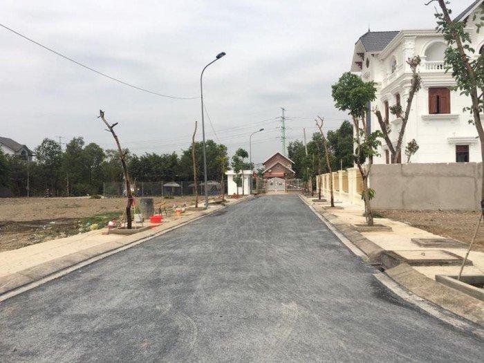 Bán đất mặt tiền Nguyễn Duy Trinh, ngay vòng xoay Phú Hữu