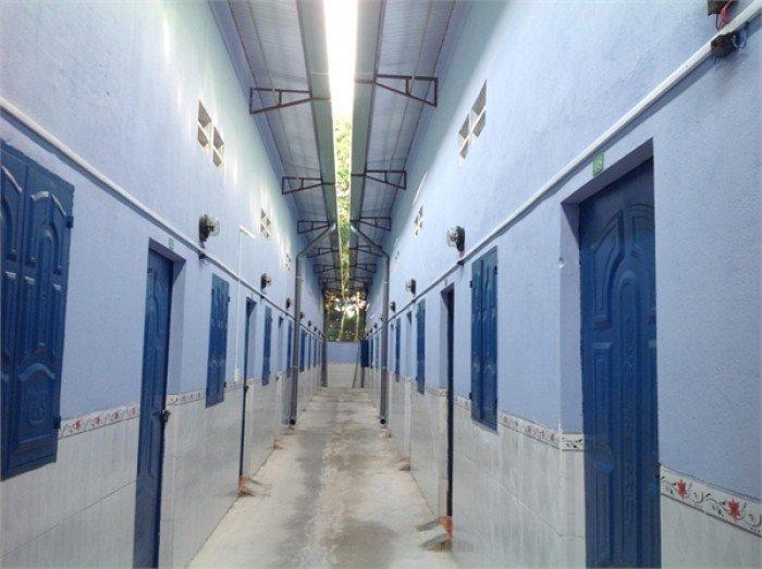 Bán dãy nhà trọ 12 phòng KCN Pouyuen, Bình Tân, DT 200m2, giá 5 tỷ.