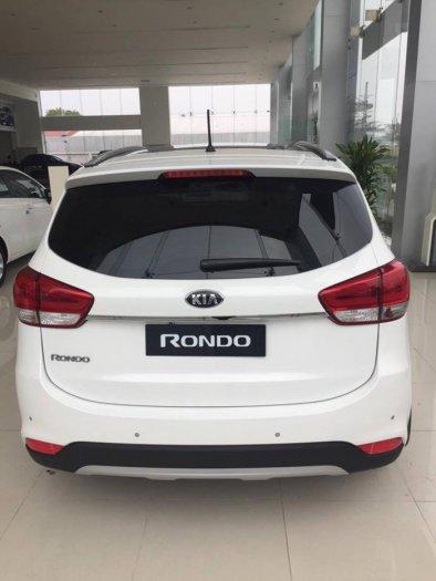 Bán xe Kia Rondo Facelift 2017 mới 100% giá tốt, giao xe ngay 3