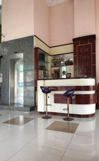 Cho thuê khách sạn 5 tầng đường Phan Đăng Lưu, kinh doanh tốt