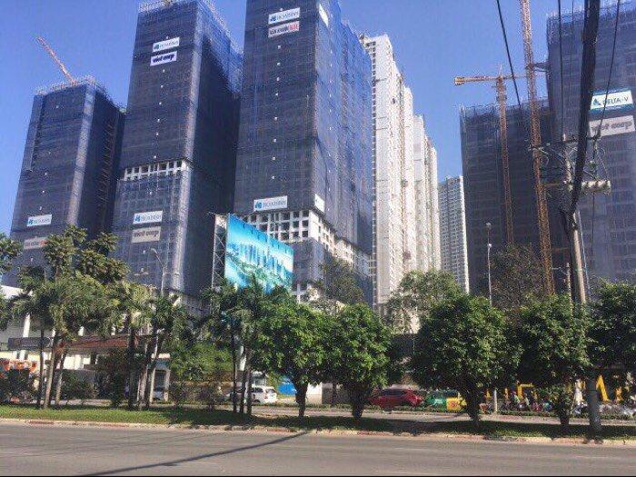 Cần bán gấp căn nhà cấp 4 hẻm xe hơi cách mặt tiền Nguyễn Hữu Cảnh