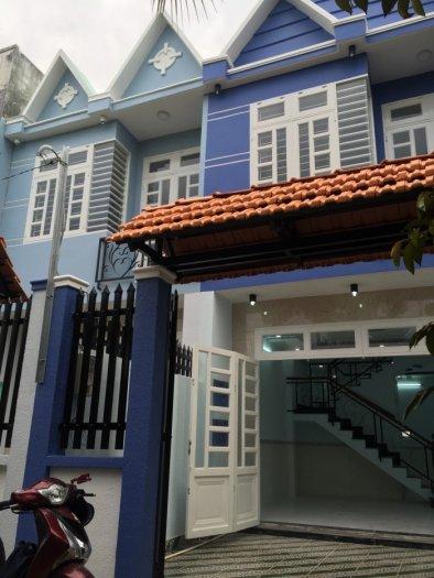 Cần bán gấp Nhà Thạnh Lộc 19, DT 4.5m x 14m gần ngã tư Ga. giá chỉ 1.48 tỷ