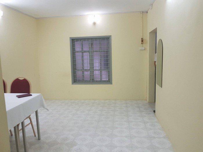 Bán nhà tập thể tầng 2, DT: 90 m2, nhà đã cải tạo cực đẹp khu A Bắc Thành Công