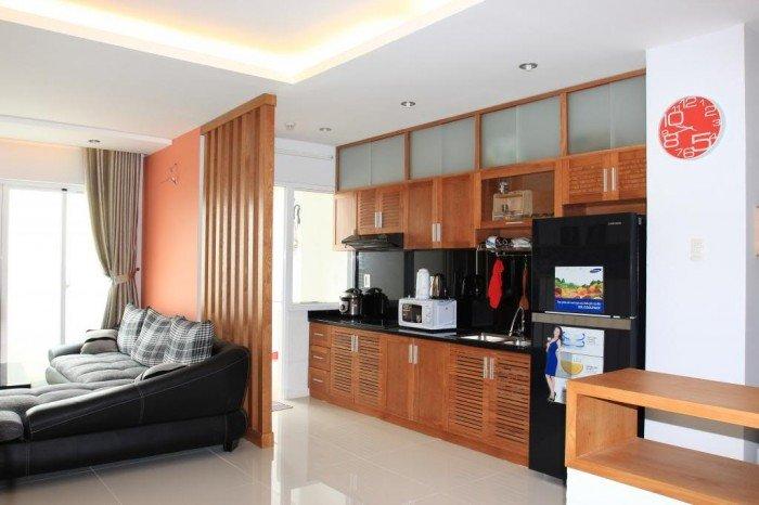 Cần bán căn hộ Tản Đà Q.5  dt 80m, 2 phòng ngủ, 2.7 tỷ,