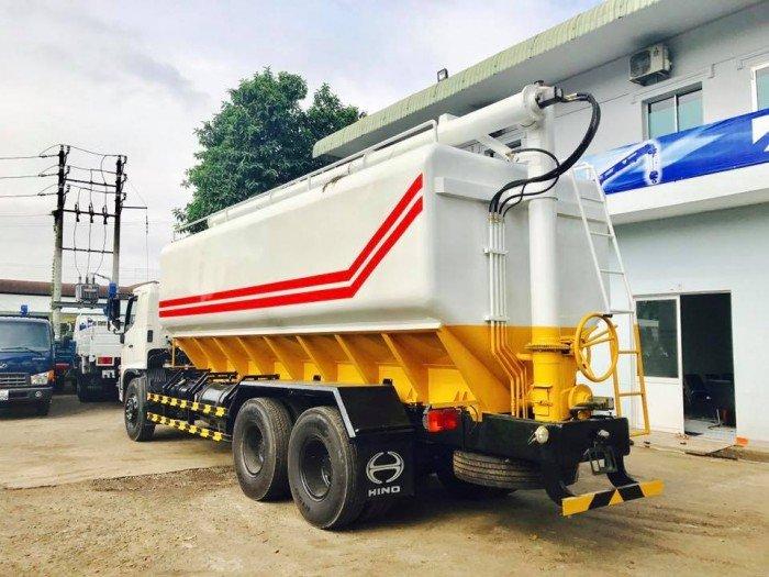 Xe tải 14 tấn thùng 6,4m, hino FL8JTSA 14 tấn chở cám thể tích 24,3 m3