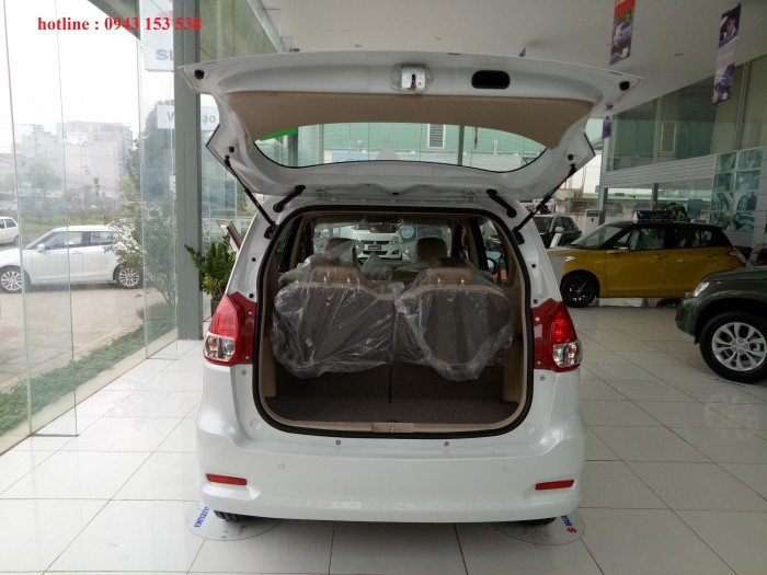 Suzuki Ertiga 2017 giá rẻ,xe giao ngay