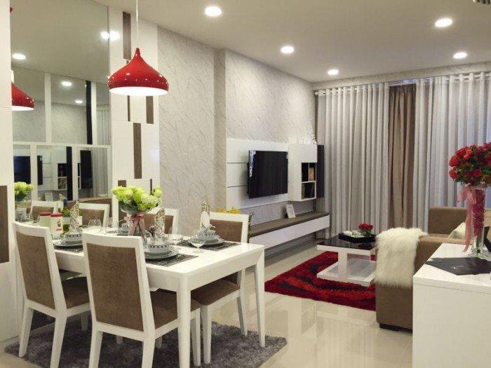 Chính chủ bán gấp căn hộ The Tresor - 2PN bến Vân Đồn, Q. 4, giá 3.4 tỷ