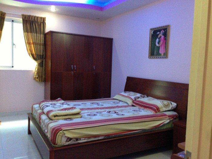 Cần bán gấp căn hộ Giai Việt , Dt 105m2, 3 phòng ngủ, nhà rộng thoáng mát