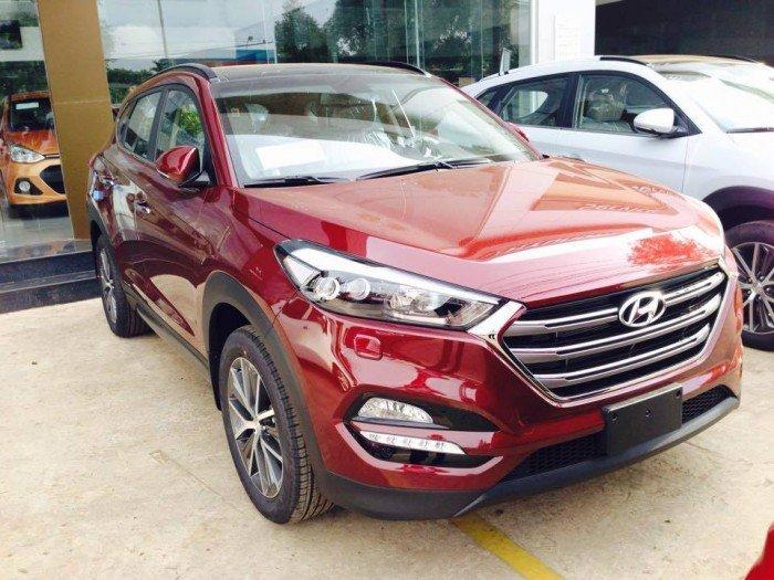 Hyundai Tucson sản xuất năm 2017 Số tự động Động cơ Xăng
