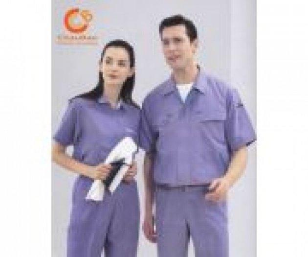 Chuyên cung cấp quần áo bảo hộ lao động, nón, giầy, khẩu trang, găng tay giá rẻ