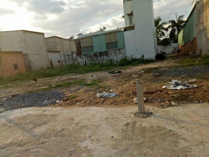 Đất nền diện tích 181m² giá chỉ 12tr/m² Q12, SHR, công chứng ngay