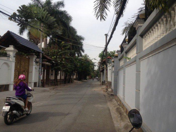Bán biệt thự 33 Ngô Quang Huy, P.Thảo Điền, Quận 2, giá 38 tỷ