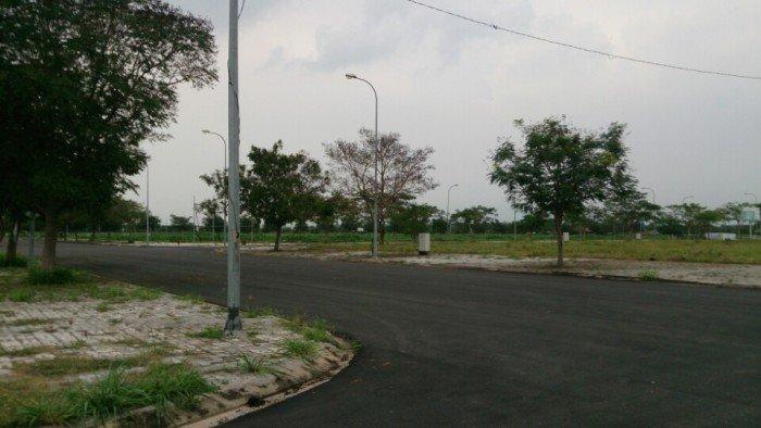 Đất nền 80m2. Đường Nguyễn Xiểng, Quận 9, mặt tiền. SỔ Hồng riêng.