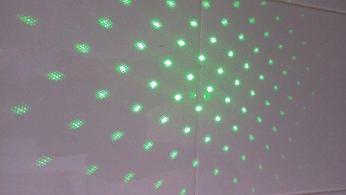 Đèn Laser Xanh 3032