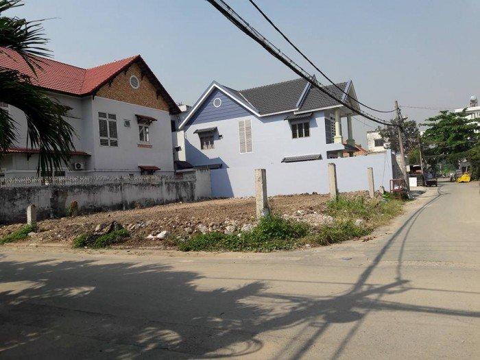 Bán đất biệt thự khu dân cư SÔNG ĐÀ - HBC giá 20tr/m2 DT 300m2