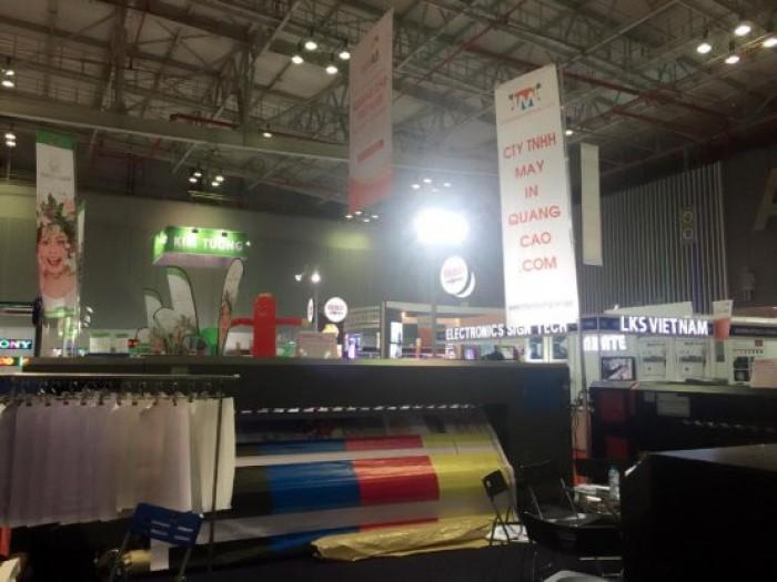Công ty TNHH MayInQuangCao.com là công ty chuyên cung cấp trang thiết bị về máy in phun quảng cáo có kỹ thuật tiên tiến nhất. chúng tôi lấy xu thế phát triển của trang thiết bị  quảng cáo làm gốc, từ đó thúc đẩy ngành quảng cáo, và giới thiệu cho khách hàng những sản phẩm thiết bị quảng cáo mới nhất.