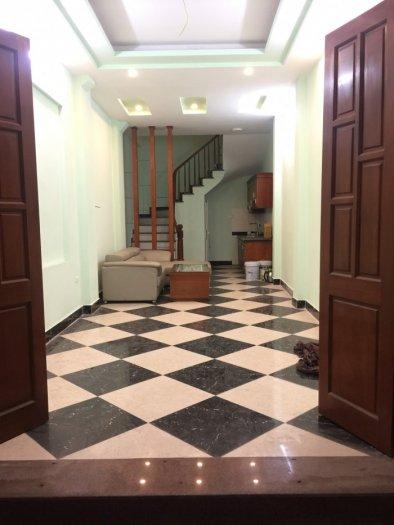 Chính chủ bán nhà đẹp phố Hoàng Mai 35m x 5 tầng, ô tô qua ngõ