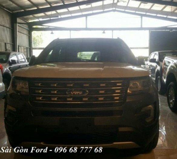 [2] Ford Explorer giá rẻ tại Vĩnh Long, chỉ cần trả trước 436 triệu, tặng Full phụ kiện, giao xe nhanh