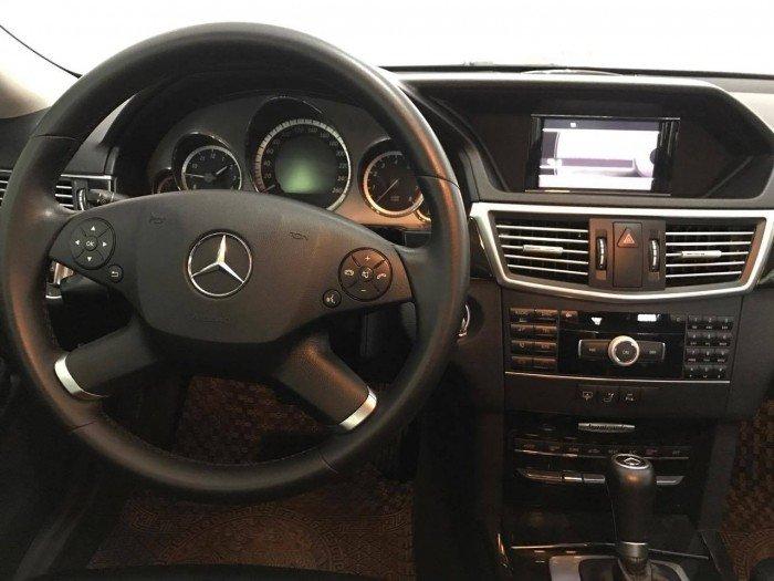 Mercedes Benz E250 2010 màu cafe