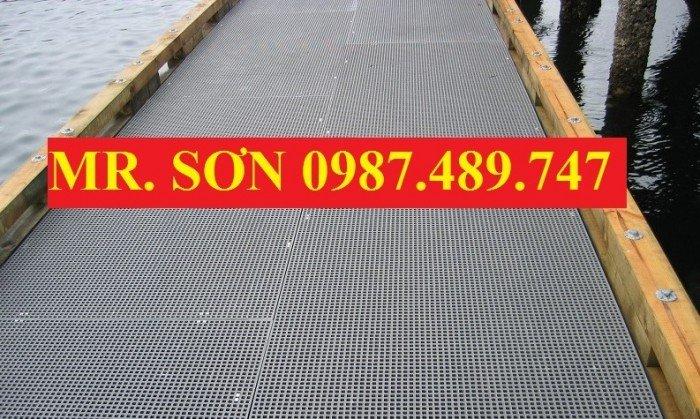 tấm sàn lưới sợi thủy tinh1