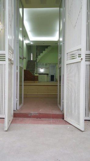 Tôi cần bán gấp nhà 38m2 x 2,5 tầng ngõ 278 Kim Giang gần Cầu Lủ- Thanh Xuân giá 1,76 tỷ