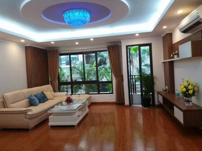 Cực Sốc 7.3 tỷ 45m2 Hoàng Văn Thái, Ô tô vào nhà làm văn phòng cực đẹp.