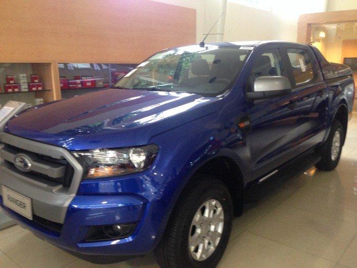 Ford Ranger XLS AT 1 cầu ưu đãi lớn của công ty