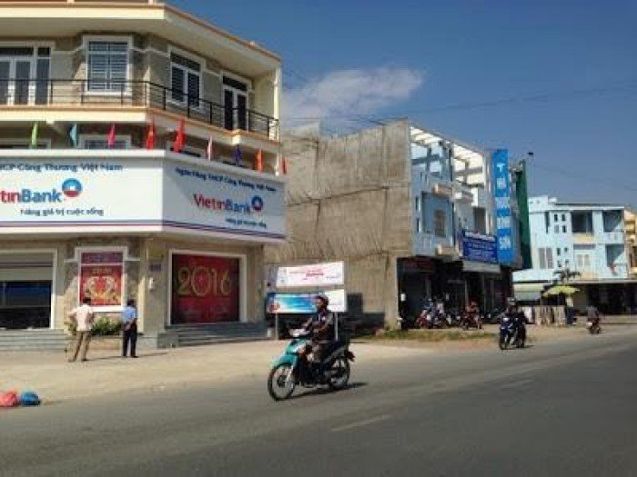 Bán đất mặt tiền Lý Thái Tổ-đối diện chợ Đại Phước-tiện kinh doanh DT:100M2