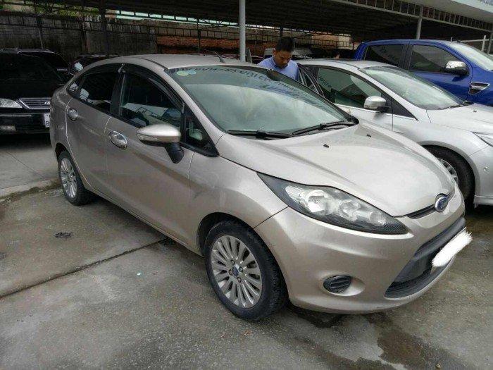 Ford fiesta at 4d ghi vàng 2013 xe đẹp giá rẻ