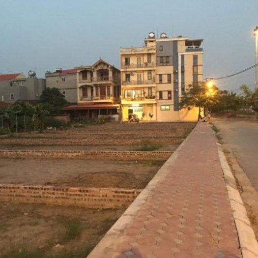 Tôi cần bán ô đất đấu giá tổ 8 Thạch Bàn, Long Biên, HN. Gía 34 triệu/m2