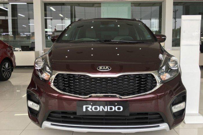 Kia Nghệ An cam kết giá ưu đãi Kia Rondo khuyến mãi lớn dòng xe gia đình 7 chỗ
