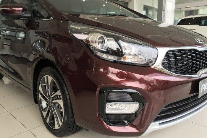 Kia Rondo sản xuất năm 2017 Số tự động Động cơ Xăng