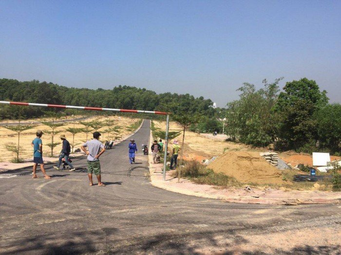 Bán 30 nền đất thổ cư, xây dựng ngay, hạ tầng hoàn thiện