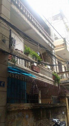 Bán nhà Dt lớn phố Nguyễn Phúc Lai Dt110m2 Mt8,4m giá 10 tỷ