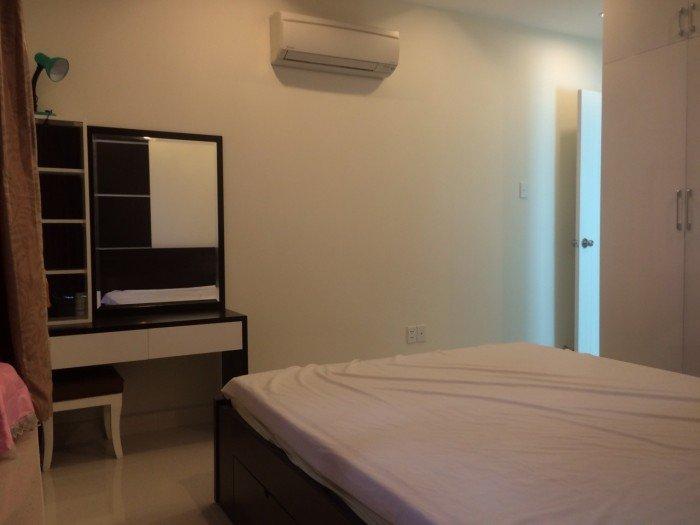 Cho thuê căn hộ chung cư Orient đường Bến Vân Đồn  , Quận 4 , Diện tích:100m2 , 3 phòng ngủ , đầy đủ nội thất , lầu cao ,