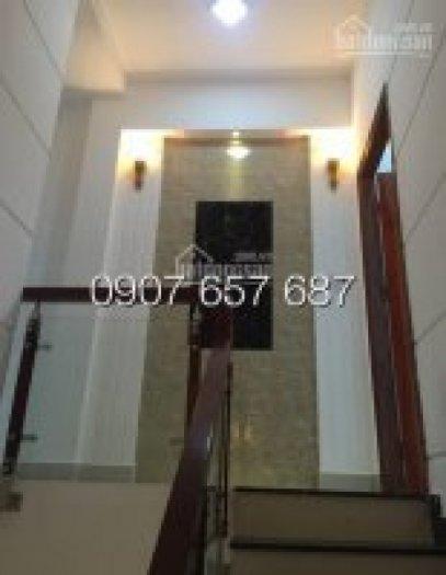 Bán nhà sổ riêng DT 150m2, nhà 2 lầu, 4 phòng ngủ, giá 2.35 Tỷ, Thị Trấn Nhà Bè