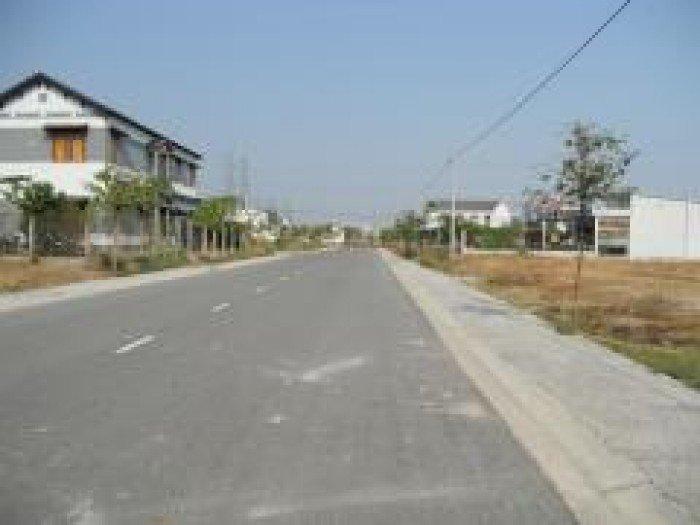 Đất mặt tiền đường Phan Văn Hớn