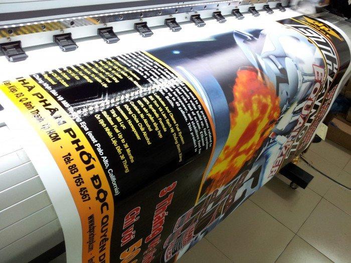 Làm hộp đèn quảng cáo cho cửa hàng từ bạt hiflex xuyên sáng in phun khổ lớn