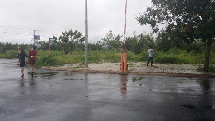 Đất 100m2 MT Nguyễn Xiển , Chính Chủ , SHR ,