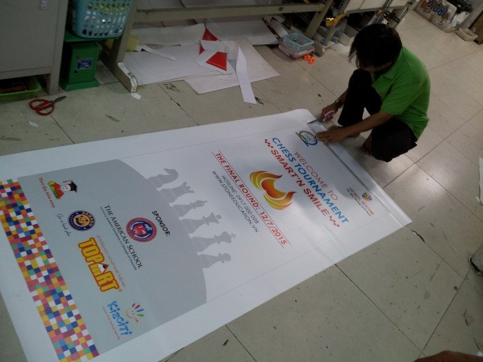 In poster cho trường trình hội thảo, sự kiện từ dịch vụ in PP giá rẻ